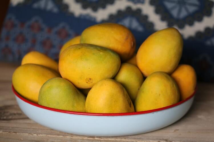 Health Benefits of eating Mangoes